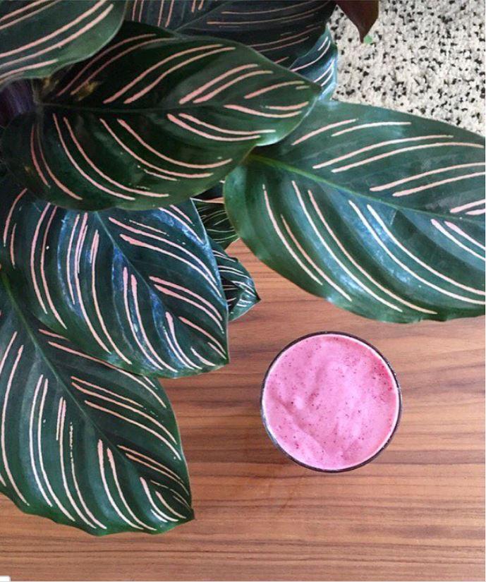 Blueberry &beat detox smoothies